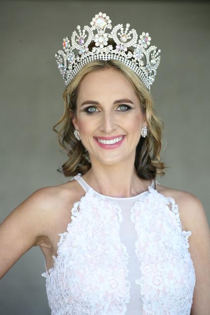 Mrs Australia Globe